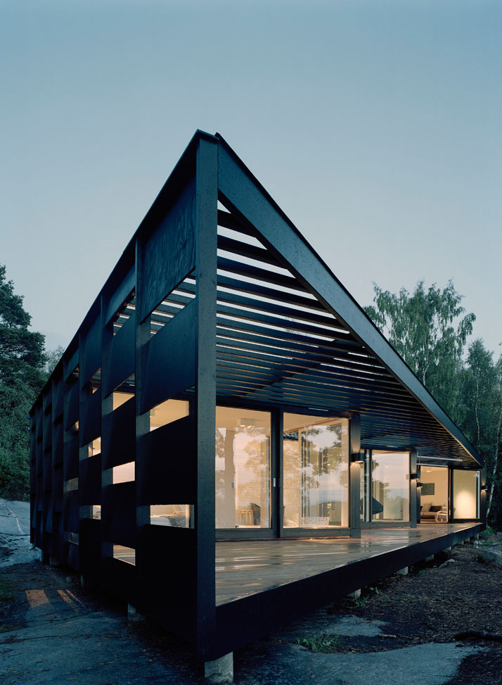Archipelago House by Tham & Videgård Architects in Stockholm, Sweden (1)