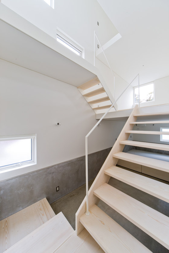 HOUSE OF TROUGH IN HOKKAIDO BY JUN IGARASHI ARCHITECTS (10)