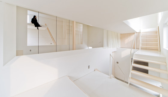 HOUSE OF TROUGH IN HOKKAIDO BY JUN IGARASHI ARCHITECTS (11)