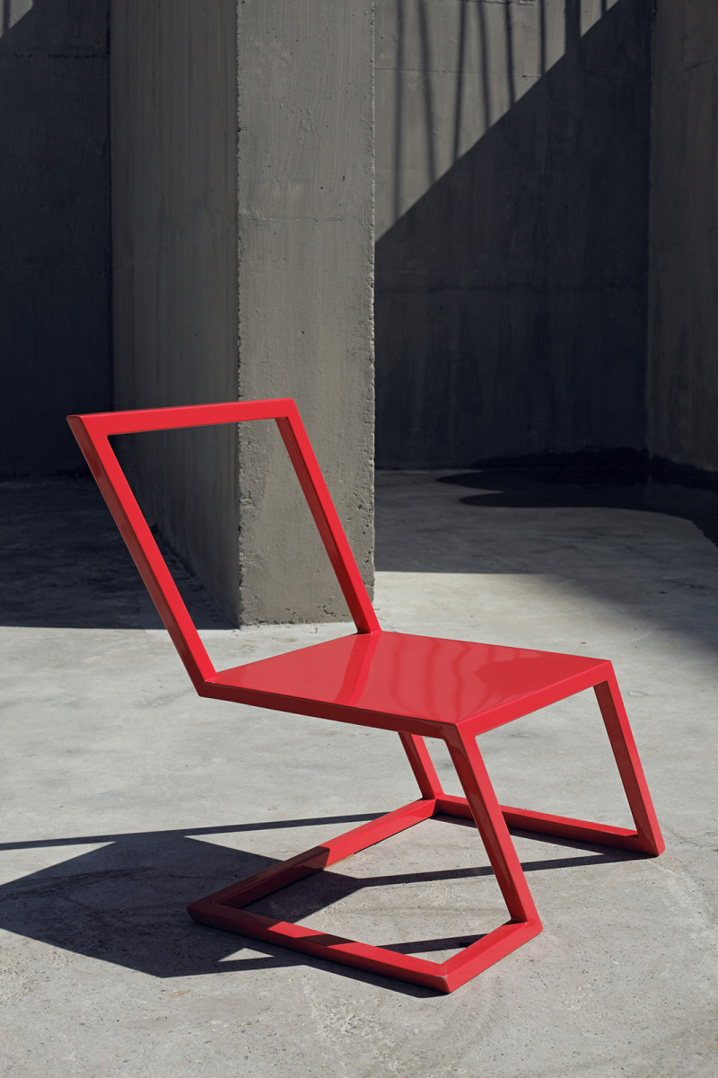 60 Red Chair by xyz integrated architecture (2)