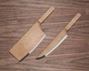 MAPLE WOOD KNIVES SET BY THE FEDERAL INC