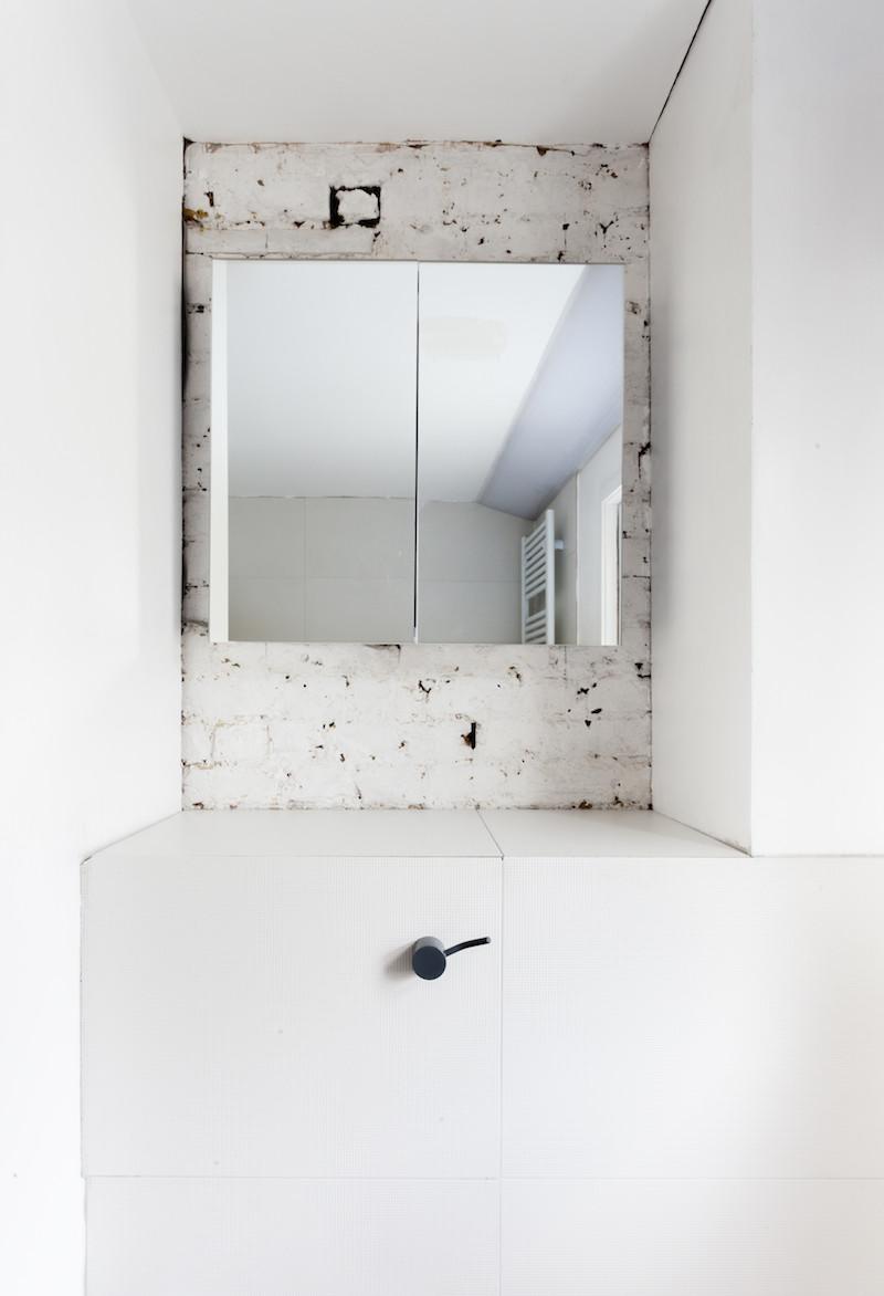 Concrete, plywood, metal, stone contemporary home by Simon Astridge (4)