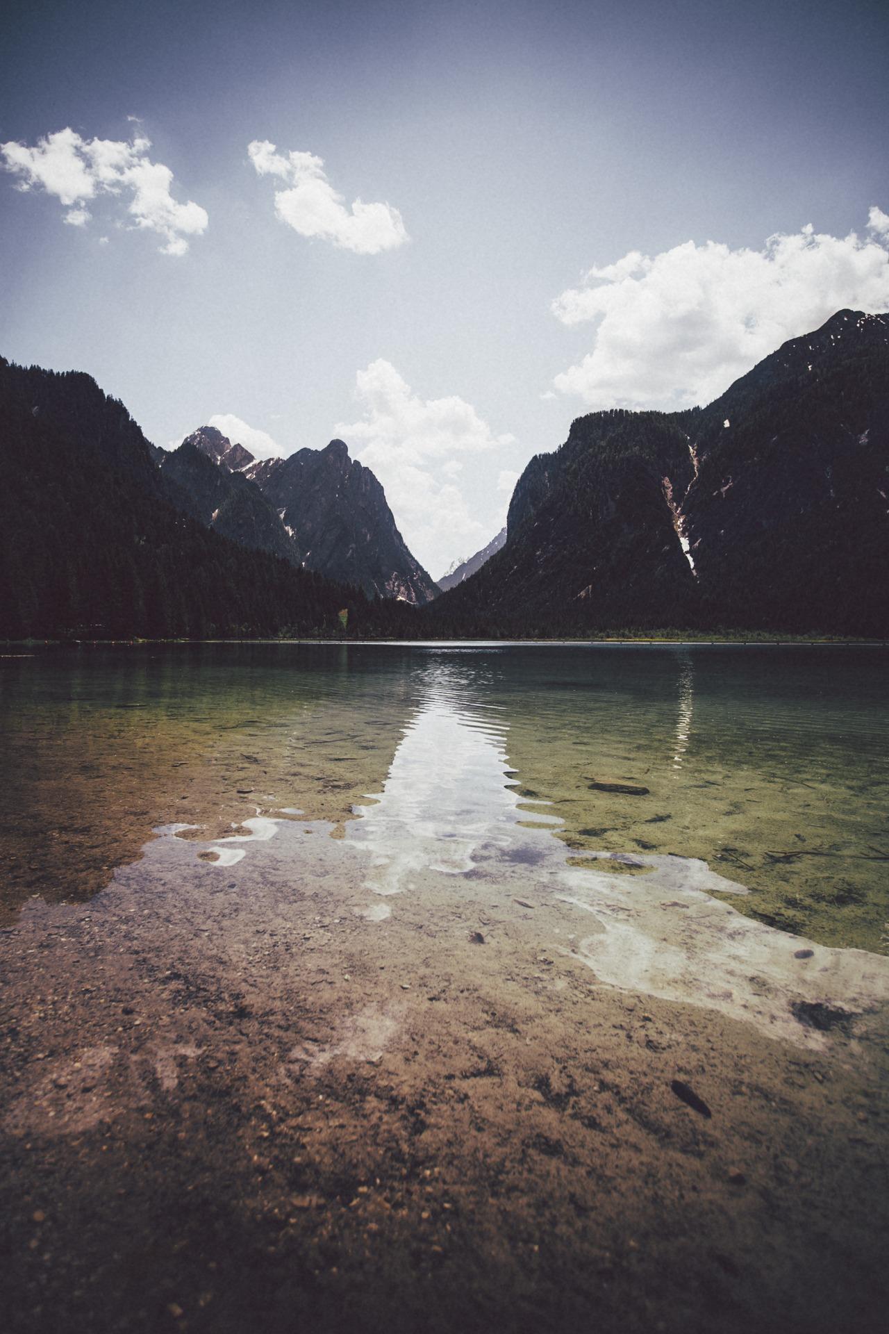 Elena Morelli Mountain Reflections Photography – Design