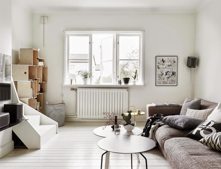 White rooms x Black Kitchen Scandinavian home, Sweden (4)