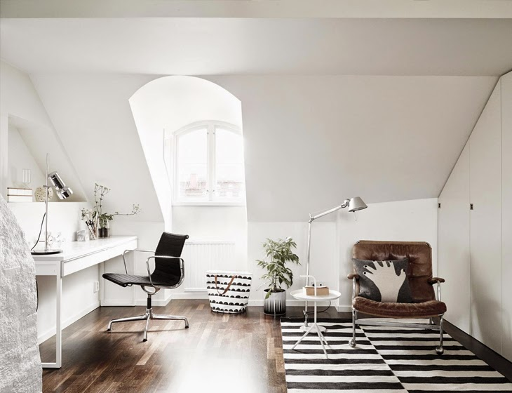 White rooms x Black Kitchen Scandinavian home, Sweden (6)