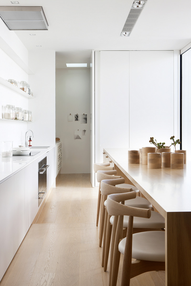 Pale Timber Interior Design, White Interior Design, Studio Four, Alfred Street Residence, Australia (7)