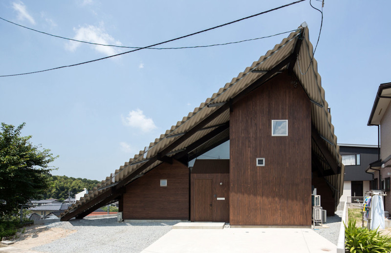 Rain Shelter House At The Foot Of Mount Daisen Japan