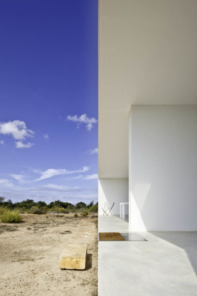 Home-Office Es Pujol De Sera Maria Castello Martinez Formentera, Spain (11)
