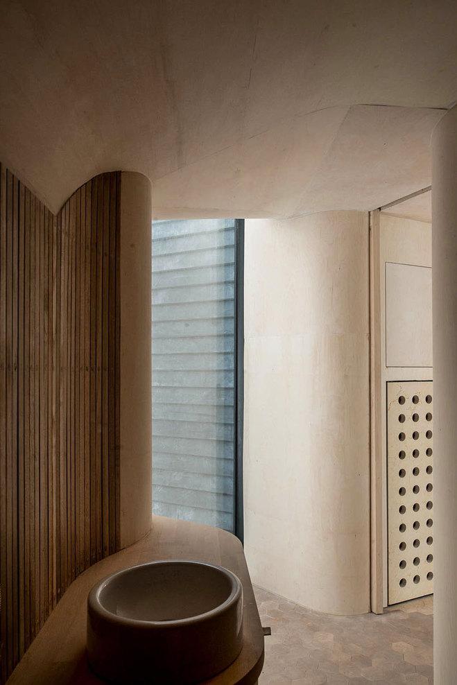 Norwegian Wooden Cabin Norderhov by Atelier Oslo (11)