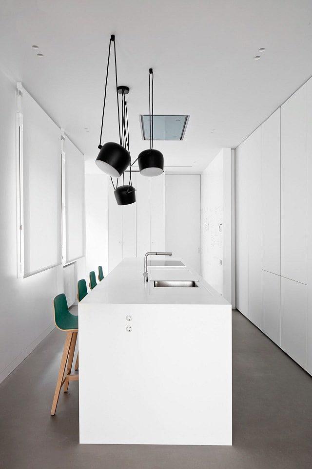 Casa H71 kitchen. FLOS lighting