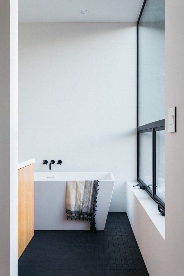 Minimalist Bathroom Interior - Californian Home by Aaron Neubert Architects, Los Angeles