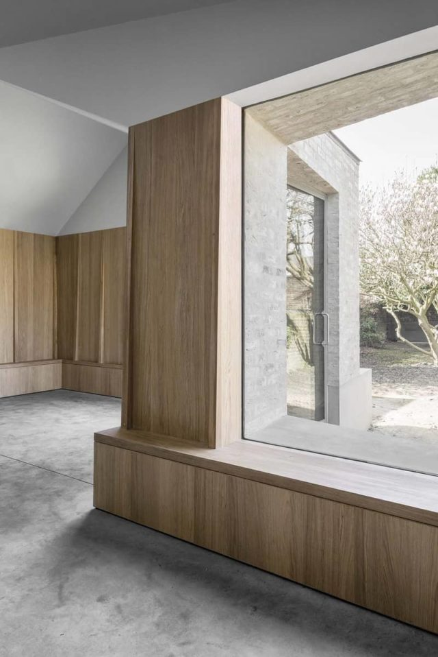 Restructured Victorian London House by McLaren.Excell