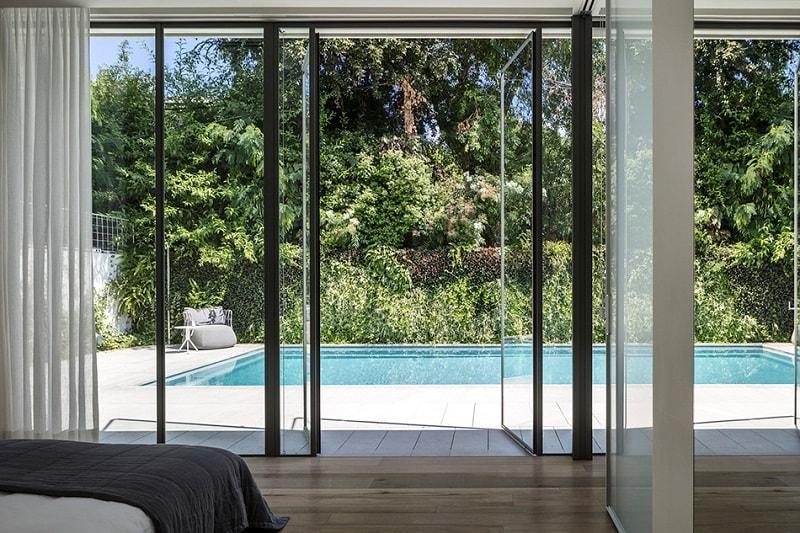 Pool Villa. Architects: Baranowitz + Kronenberg. Location: Tel Aviv, Israel. Photographer: Amit Geron