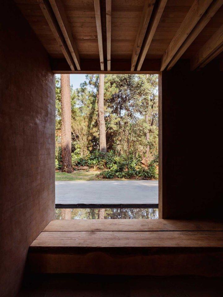 Houses Designed by Taller Hector Barroso Above Valle de Bravo – Design. / Visual.