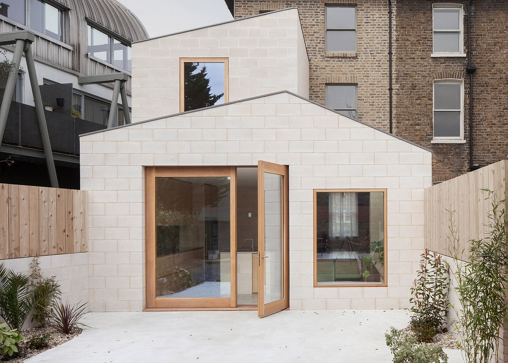 Kings Grove House by Al-Jawad Pike Architects